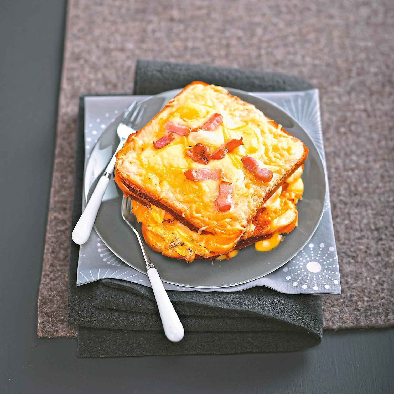 Горячий завтрак: рецепт тостов по-тирольски
