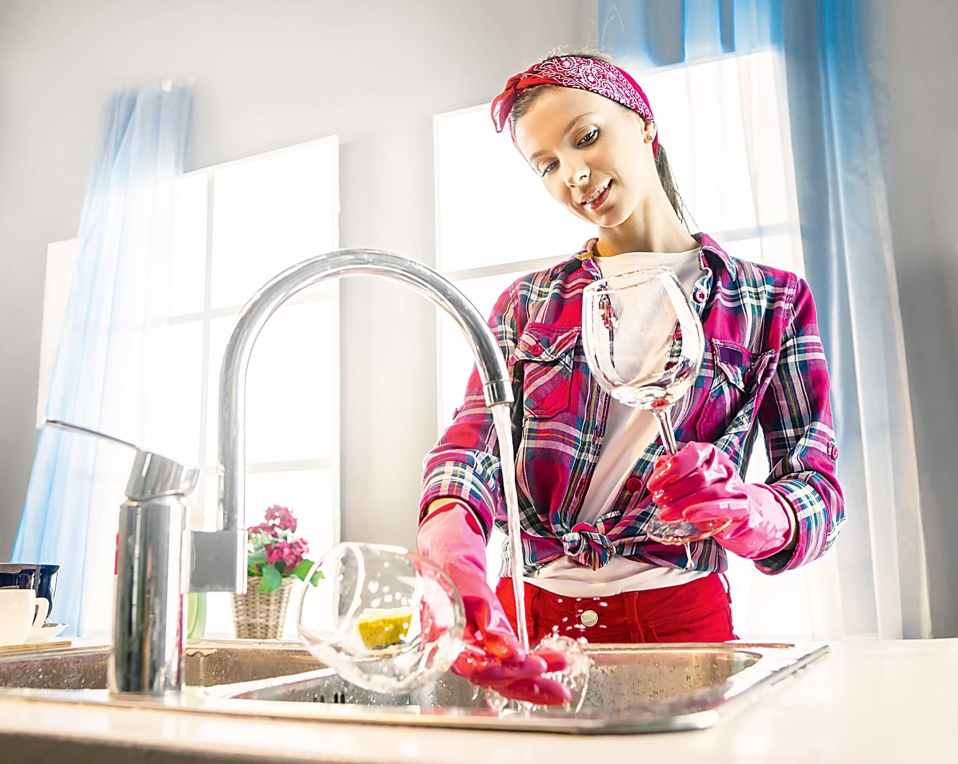 До блеска: выбираем безопасное средство для мытья посуды