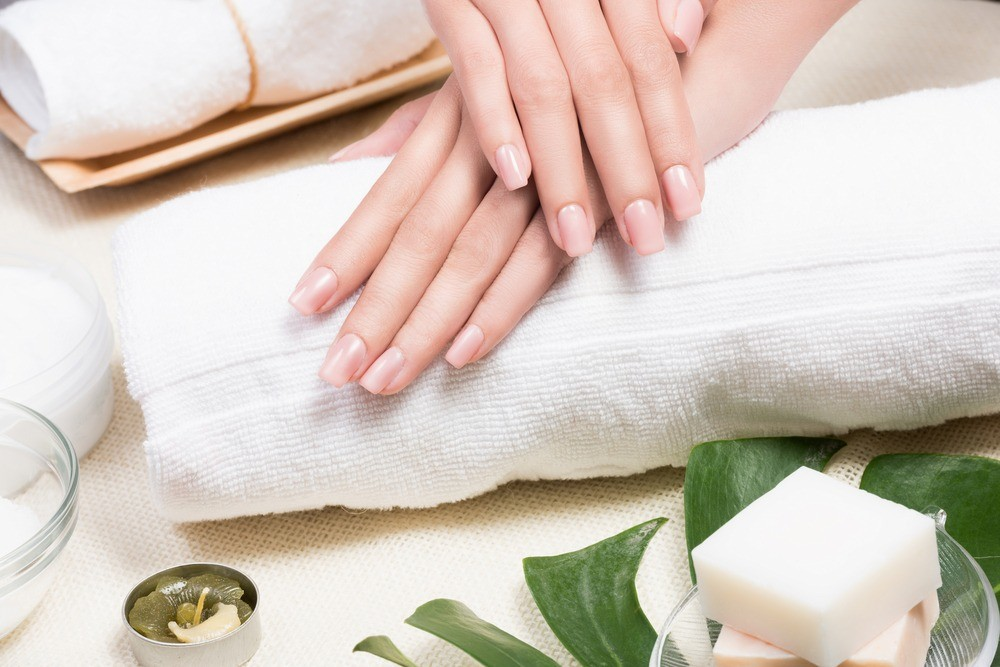 Укрепление ногтей в домашних условиях: какие методы на самом деле работают?