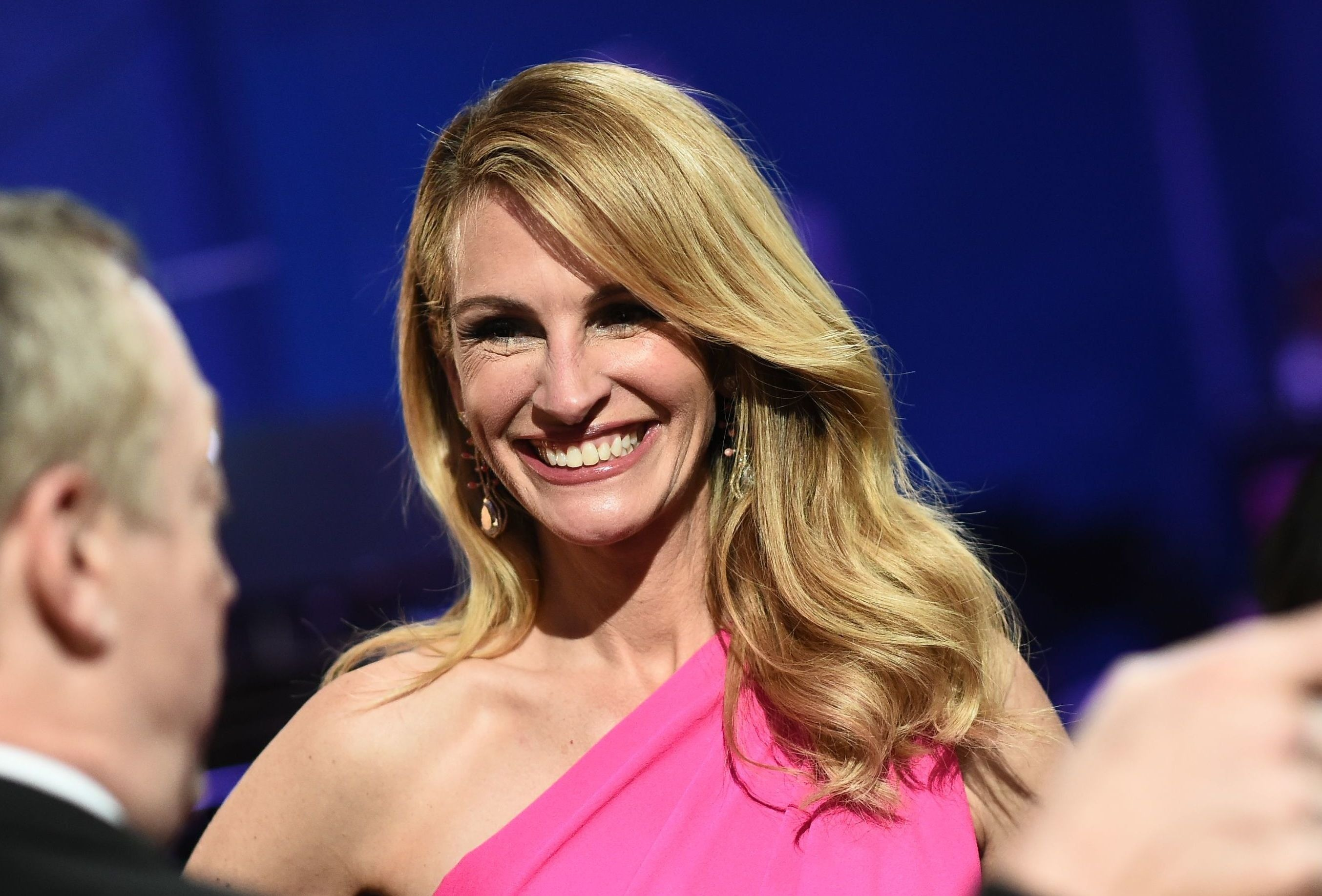 Секреты образа нестареющей Джулии Робертс на «Оскаре»: рассказывает визажист актрисы