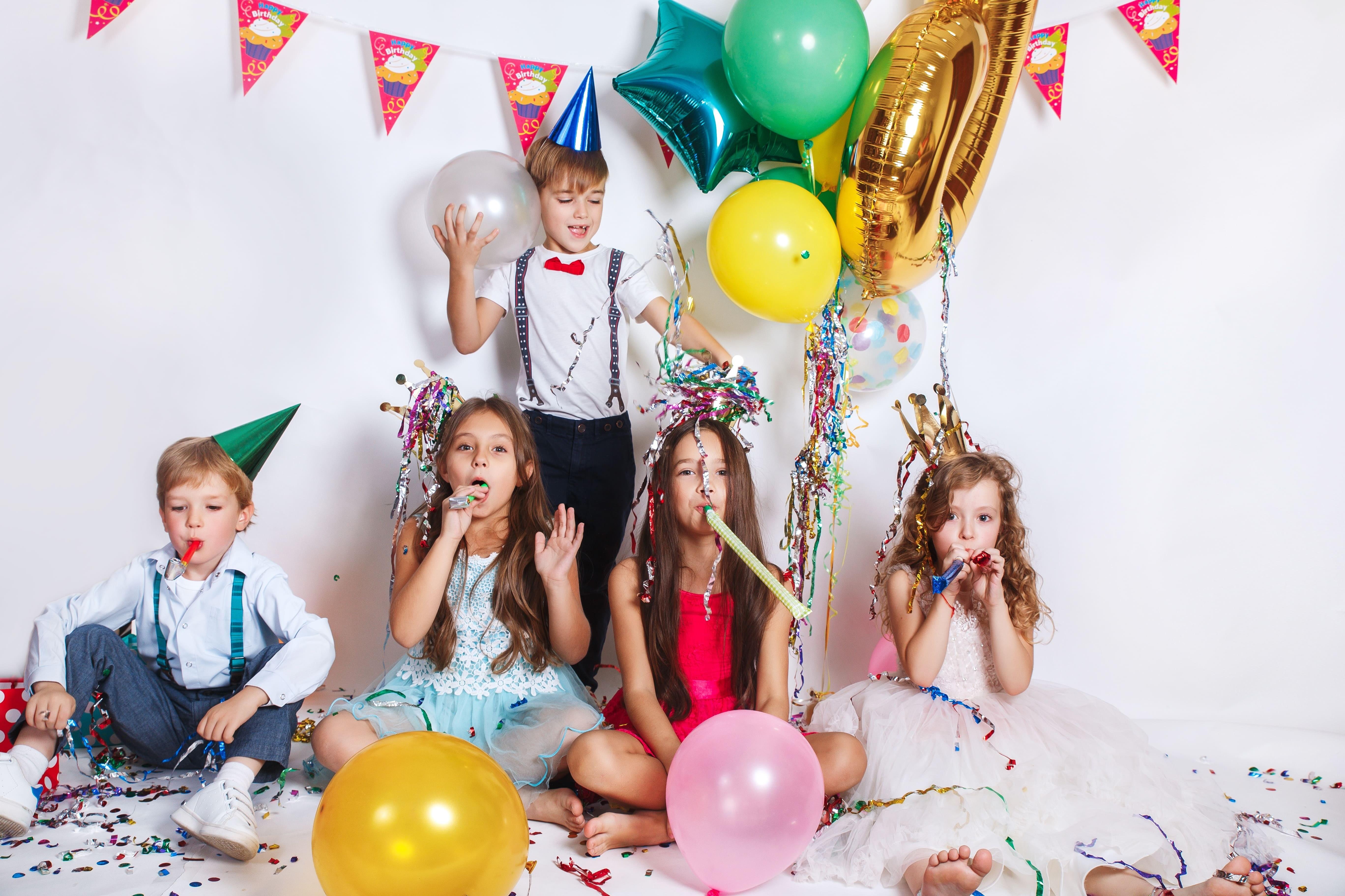 Как устроить детский день рождения во французском стиле?