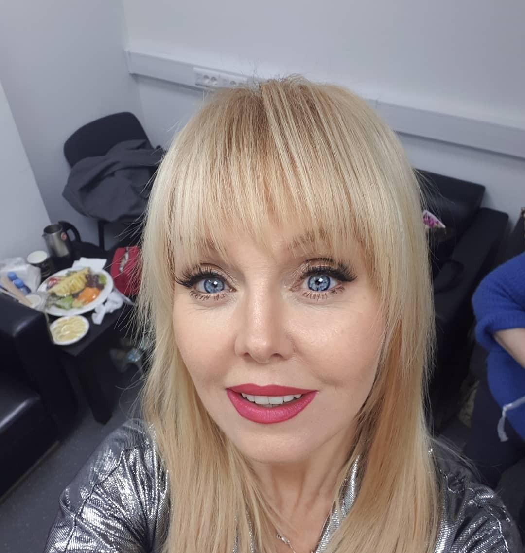 «Правда жизни»: постаревшая певица Валерия опубликвала фото без грима