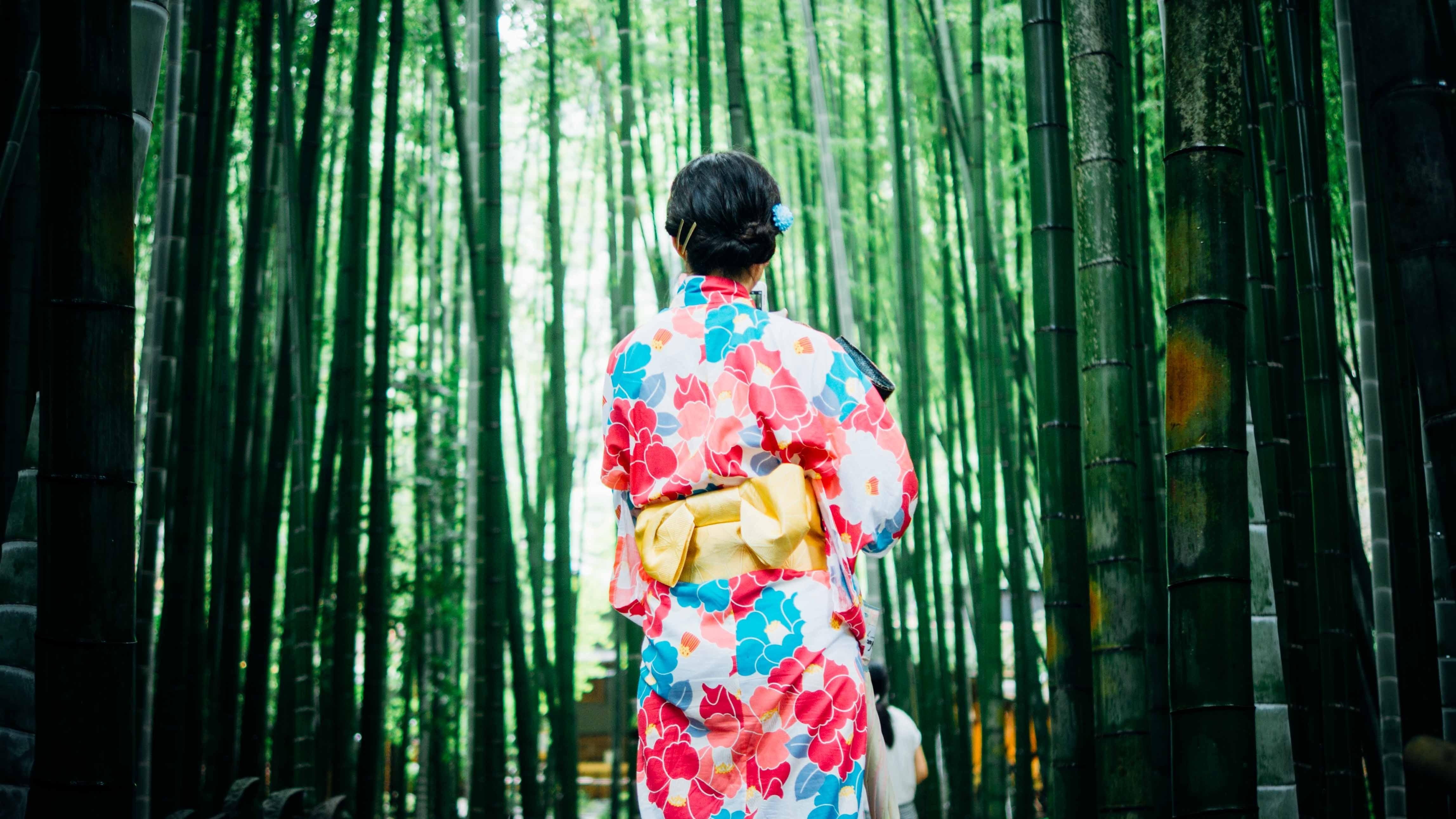 Как помолодеть на 10 лет без пластики: японский массаж для лица Асахи