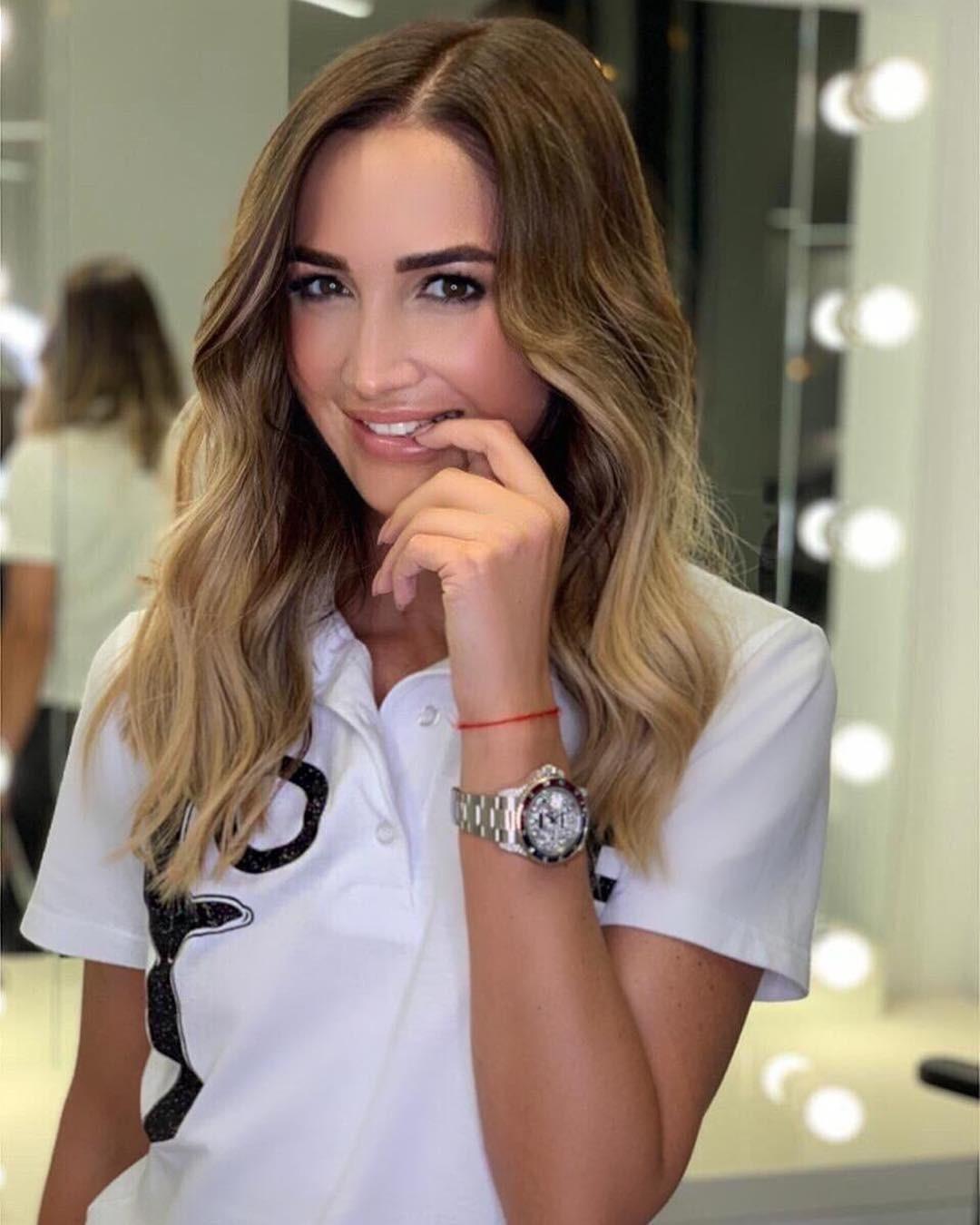 «Твоя девочка теперь эгоистка»: Ольга Бузова выпустила клип о неверных мужьях