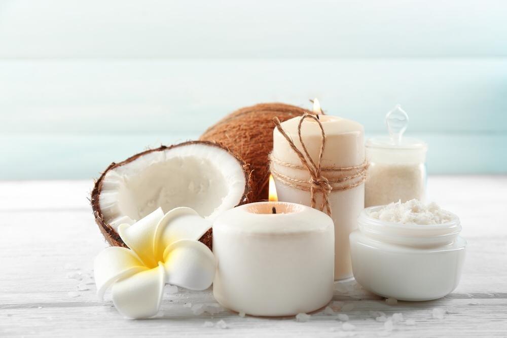 Кокосовое масло в косметологии: в чем польза и как правильно применять