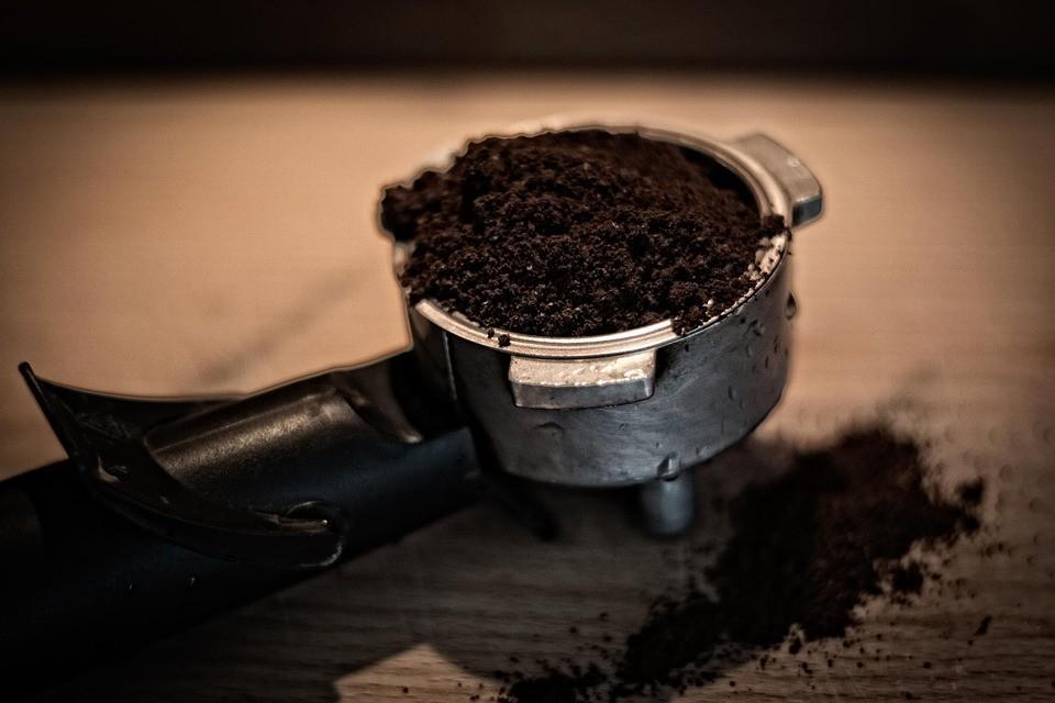 6 простых способов сделать кофейный скраб для лица