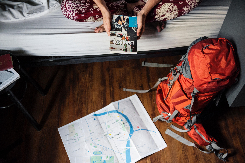 Как съездить отдохнуть на праздники и не разориться? 10 проверенных способов от Lisa.ru
