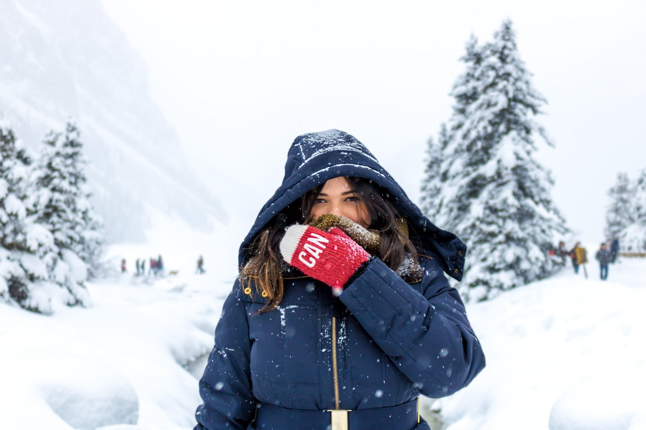 12 советов, как правильно выбрать женский пуховик на зиму