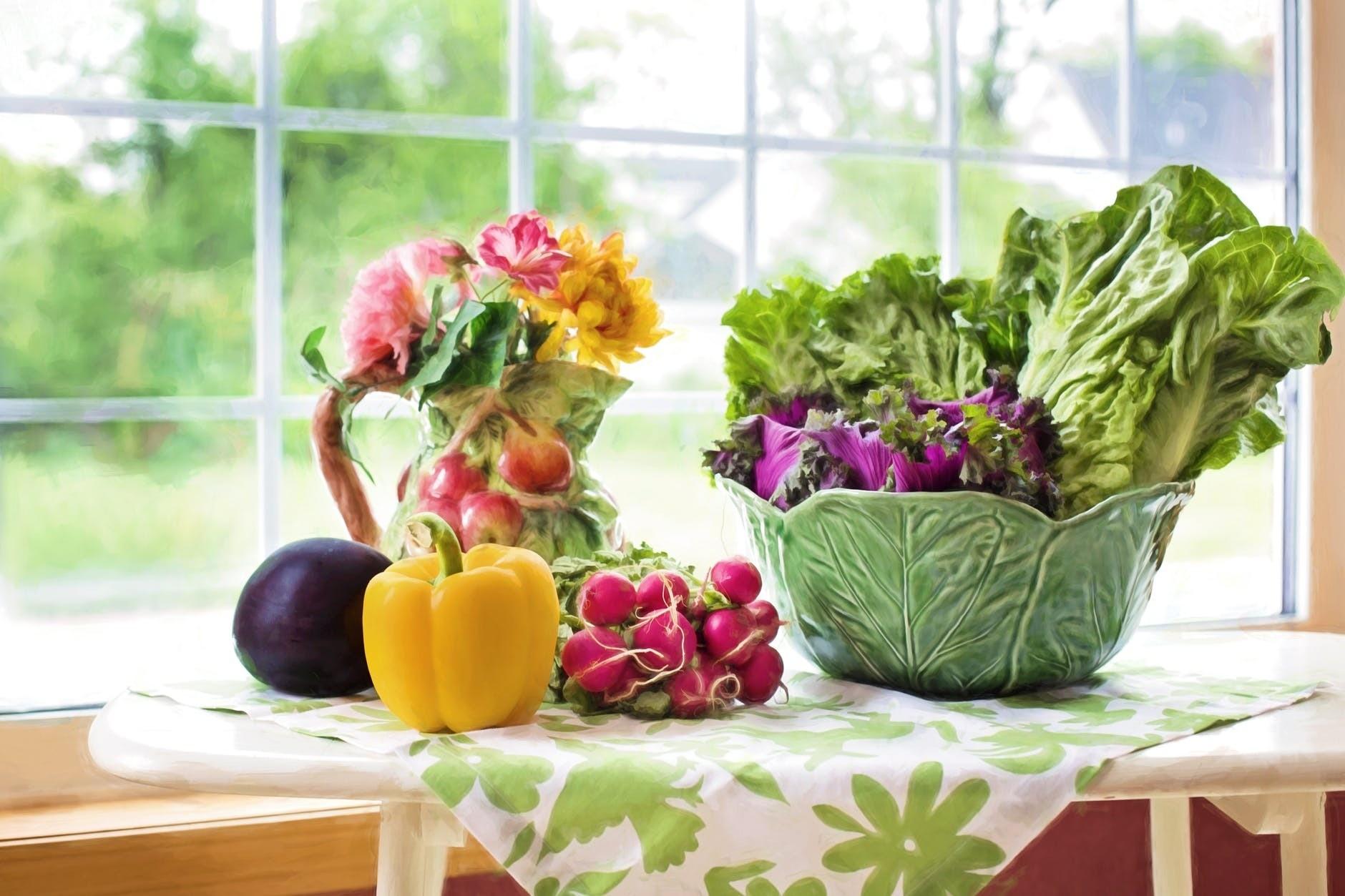 Оформляем праздничный стол: как сделать красивую овощную нарезку
