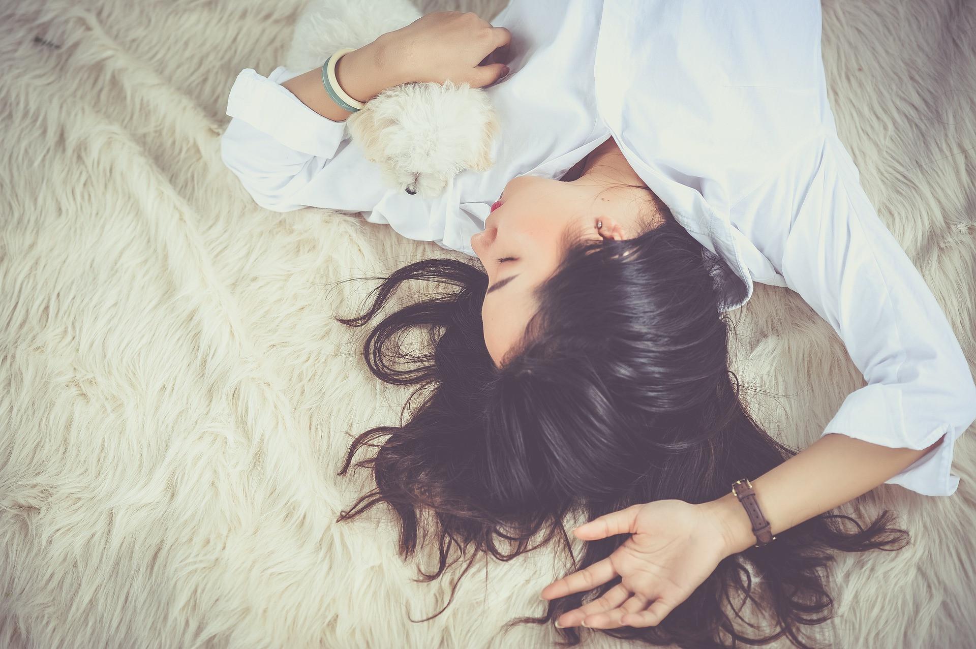 Медитация перед сном для женщин: 4 причины научиться расслаблять тело и душу