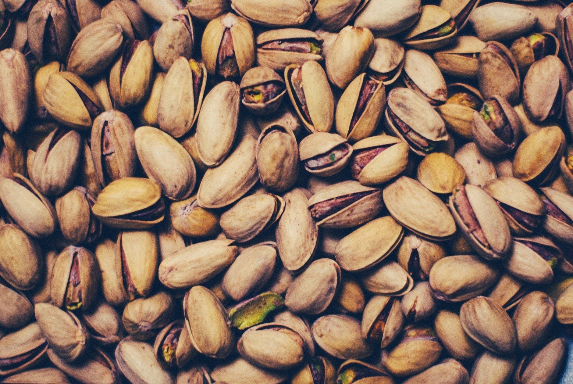 Как хранить орехи в домашних условиях
