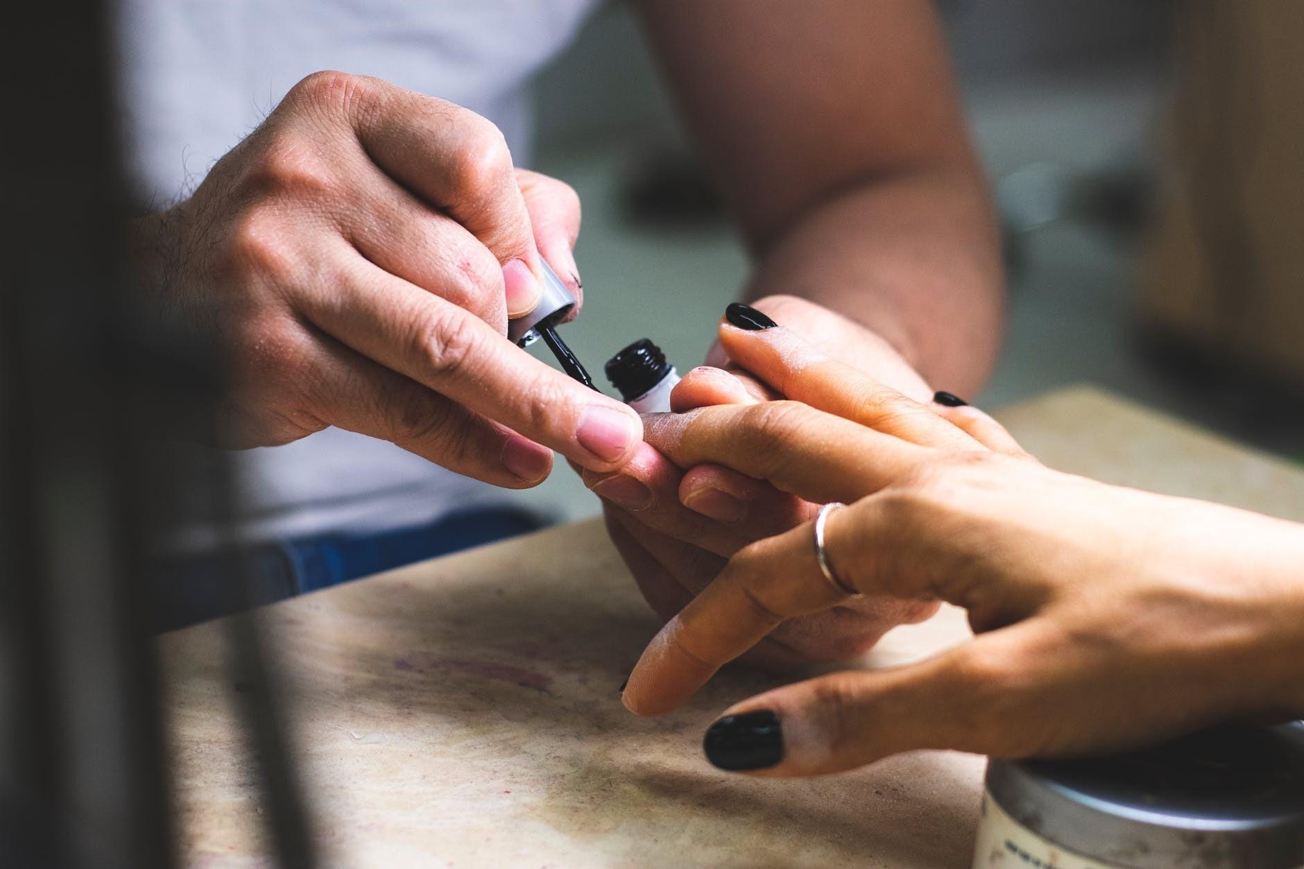 Сама себе мастер: как укрепить ногти акриловой пудрой