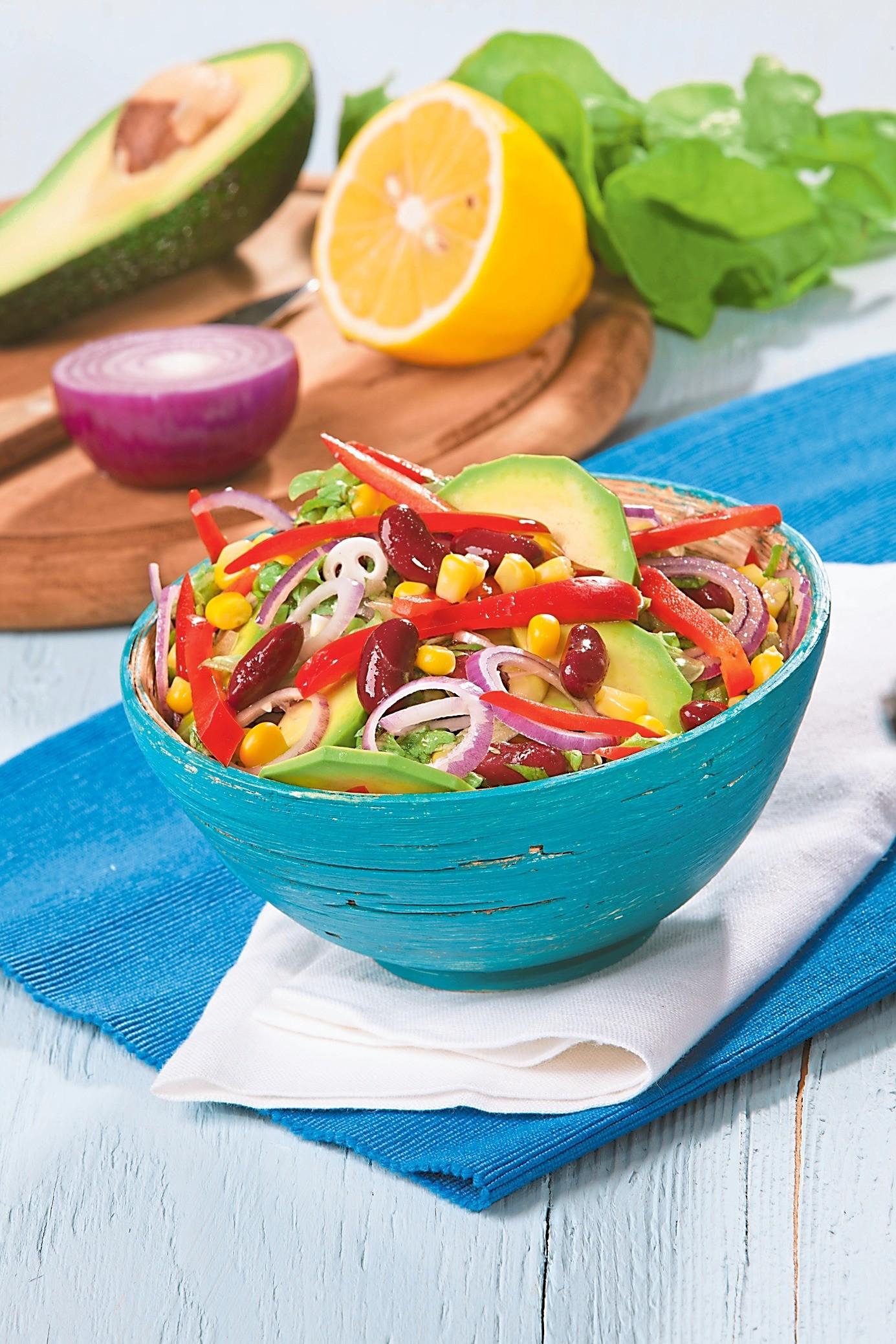 ЗОЖ-обед: рецепт салата с кукурузой