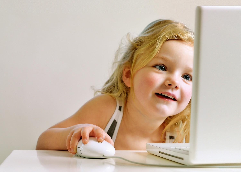 Ребенок и смартфон: 3 проблемы (и варианты решения)