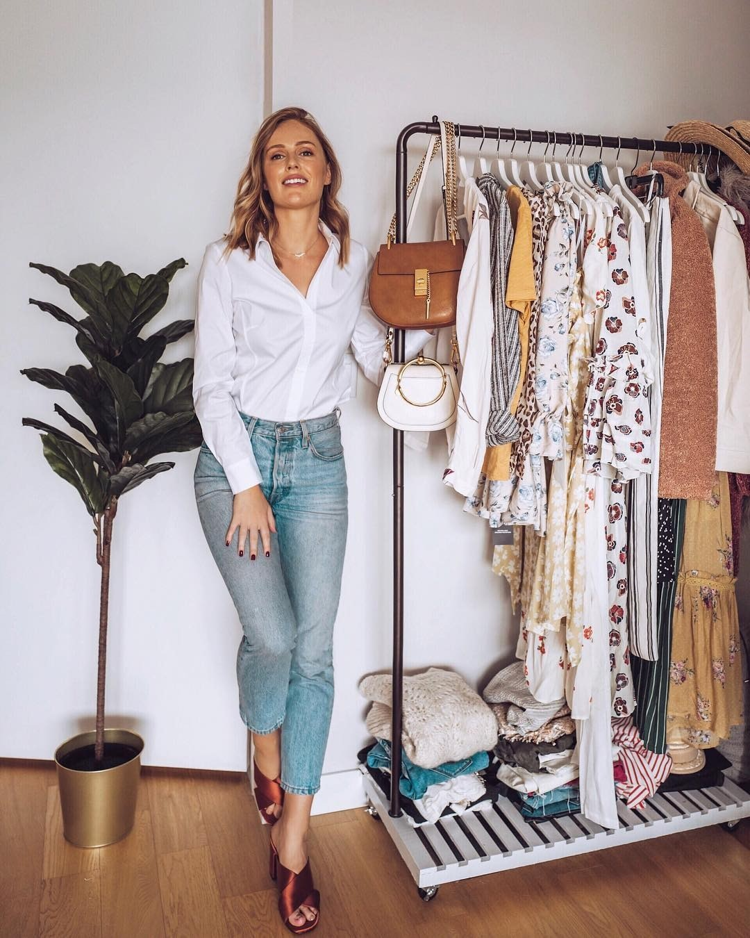 Как правильно заправлять рубашку: 8 модных идей