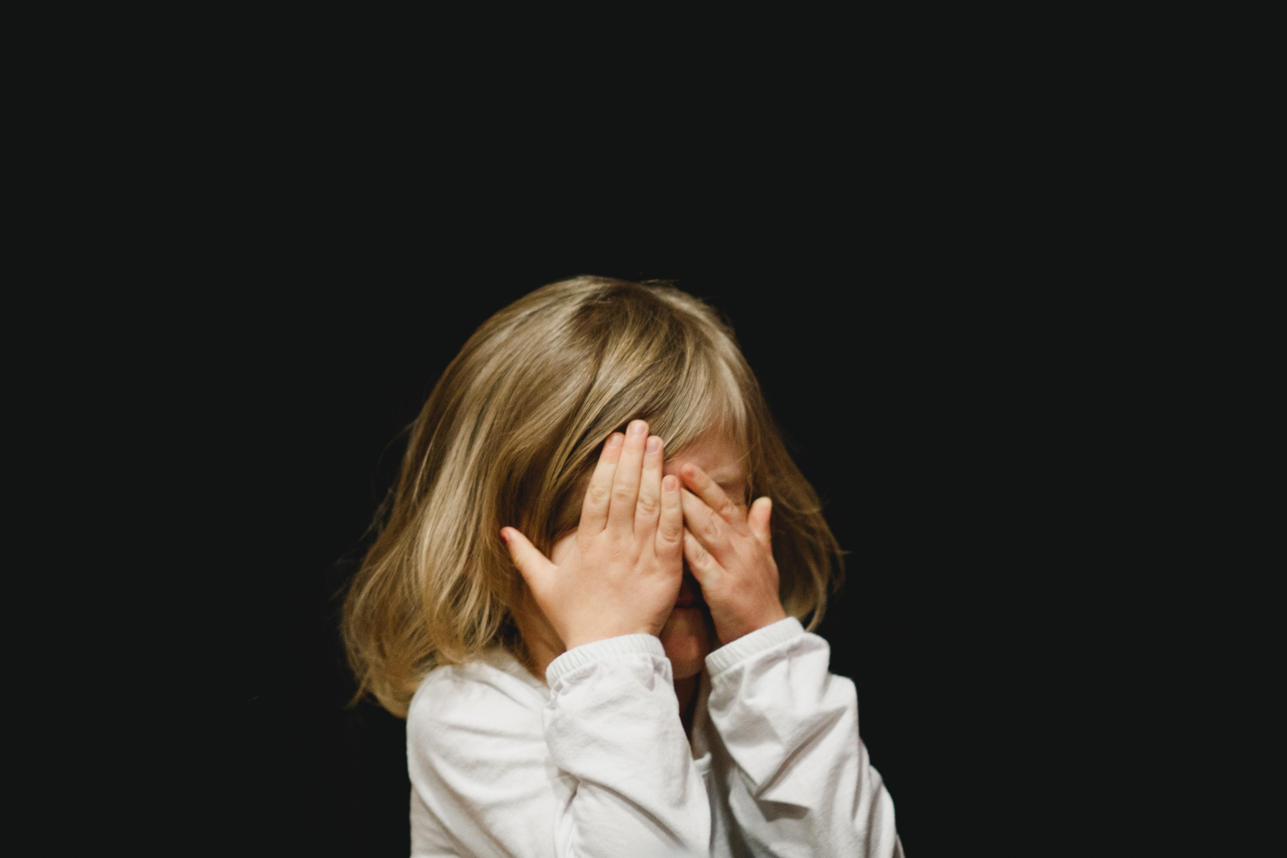 Ага, попался: 5 признаков, что ребенок тебя обманывает