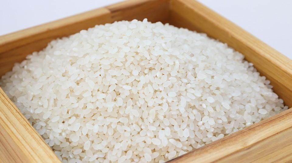 Чем полезна рисовая вода (и зачем она вообще нужна)