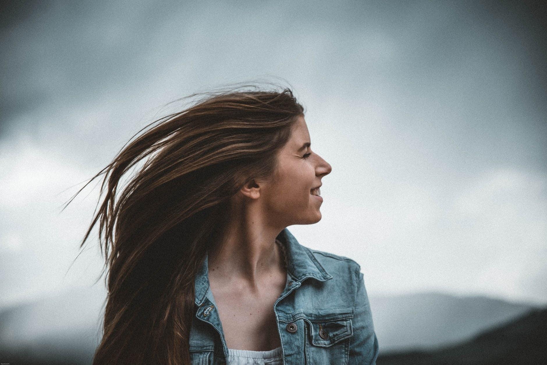 Чем полезно облепиховое масло для волос: 7 способов применения