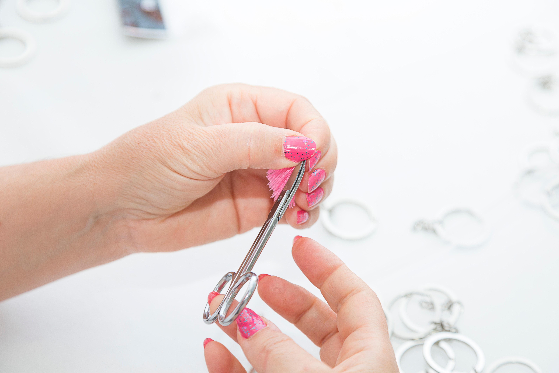 Что делать, если ребенок грызет ногти. Причины и советы психолога