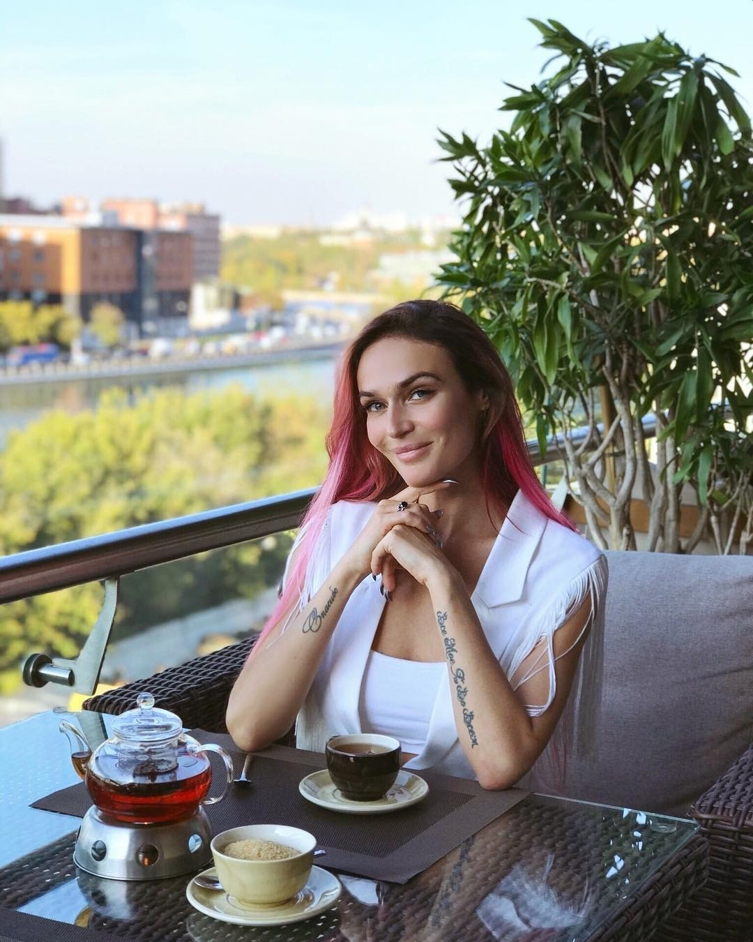 Алена Водонаева оправдала поведение замужней Ксении Собчак