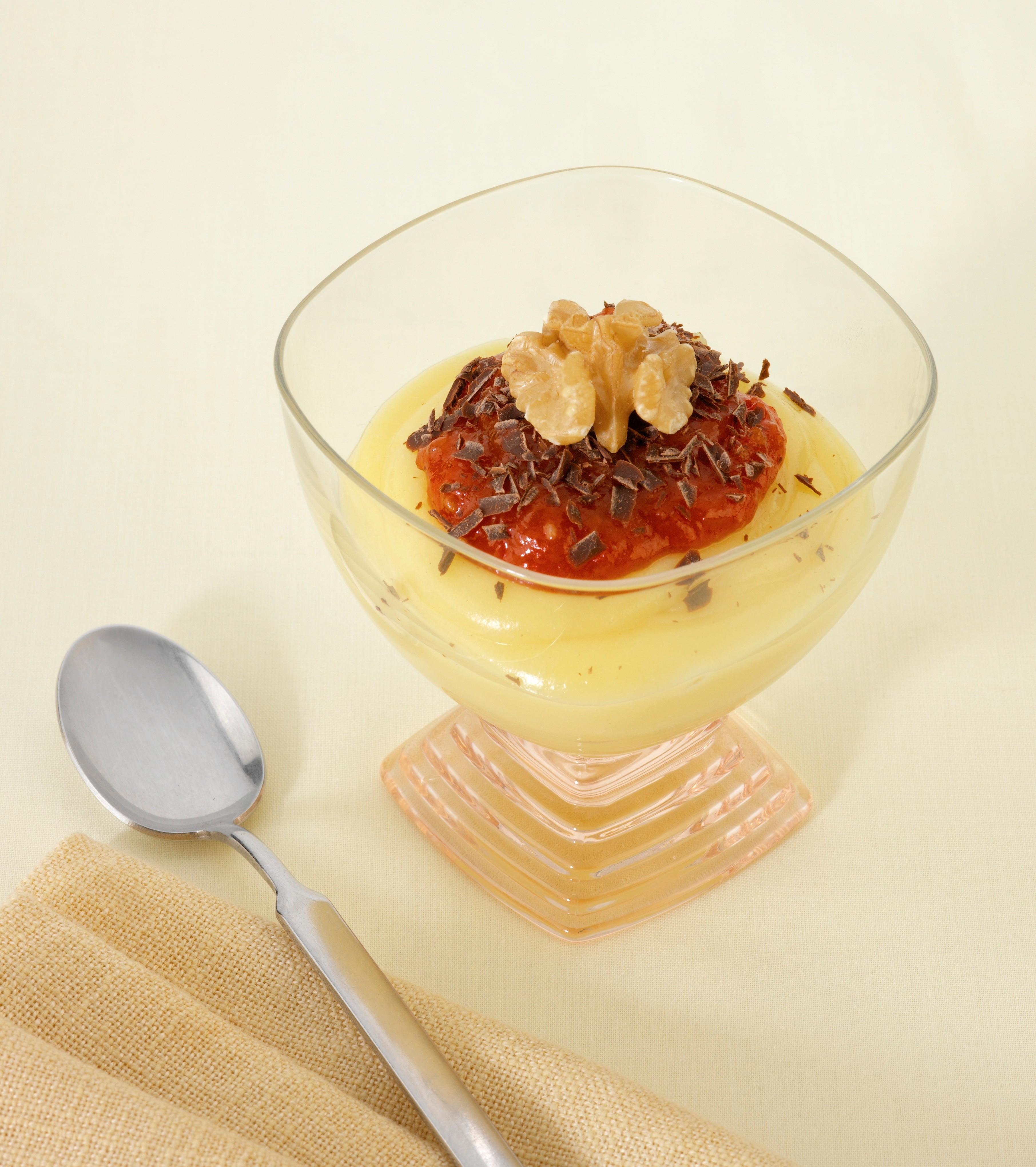 Рецепт от шефа: баварский крем с томатным джемом