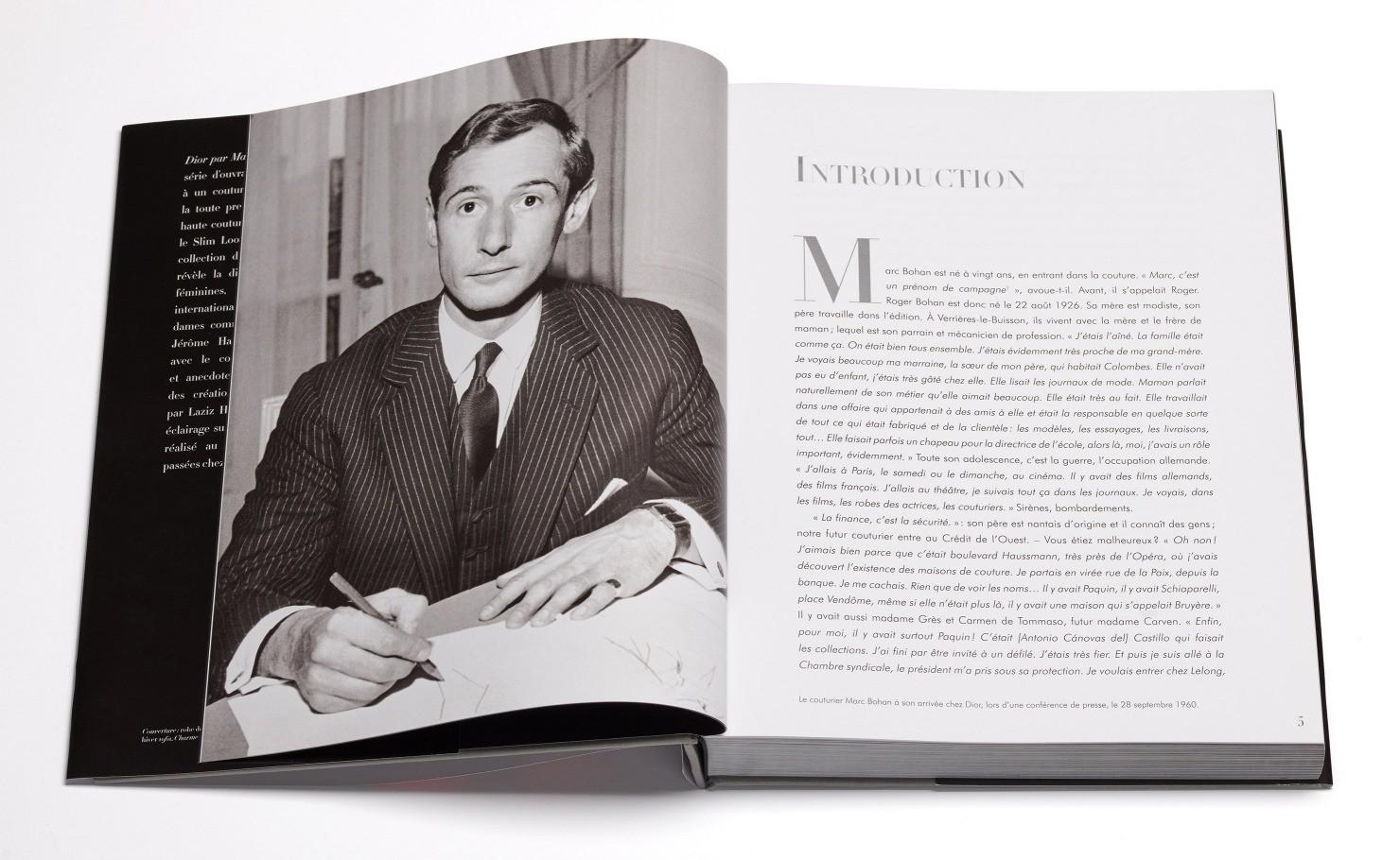 Марк Боан почти 30 лет сторожил традиции Кристиана Диора в крое и дизайне и вернул в полном объеме после экспериментов Сен-Лорана элегантность, чувственность и женственность в коллекции.
