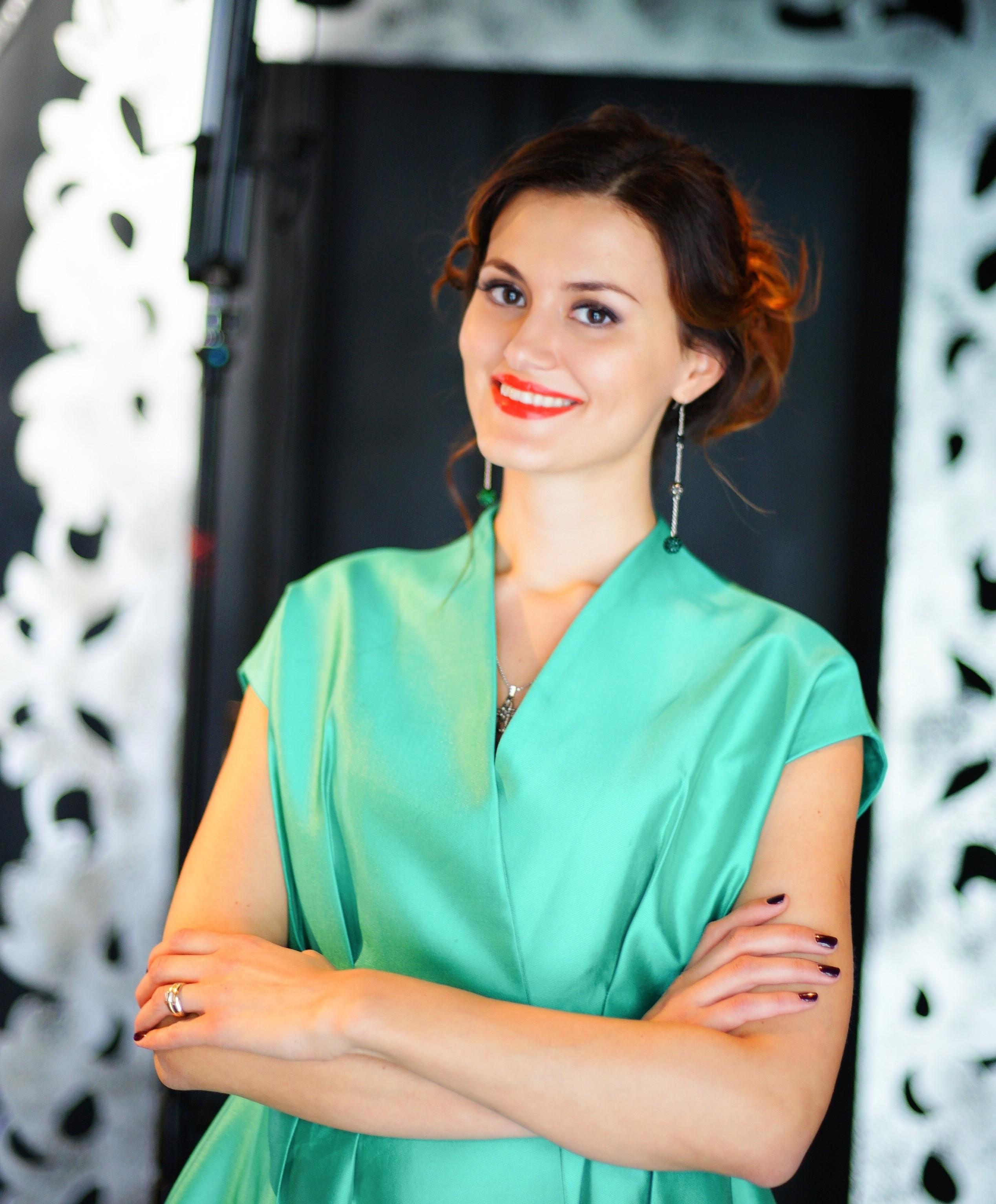 Елена Лисянская