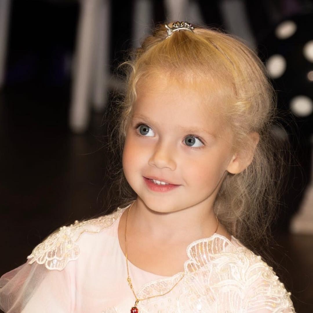 Маленькая Лиза очаровала всех &...
