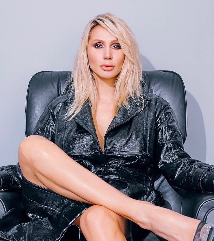Светлана Лобода заработала накорпоративе вСША 400 тысяч евро