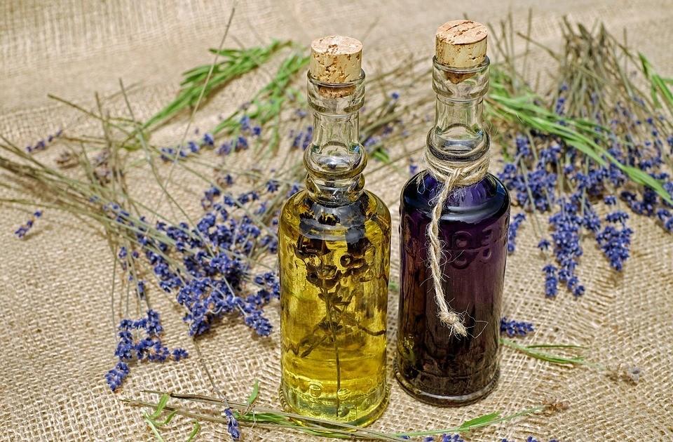 Касторовое масло для бровей ресниц: в чем секрет применения