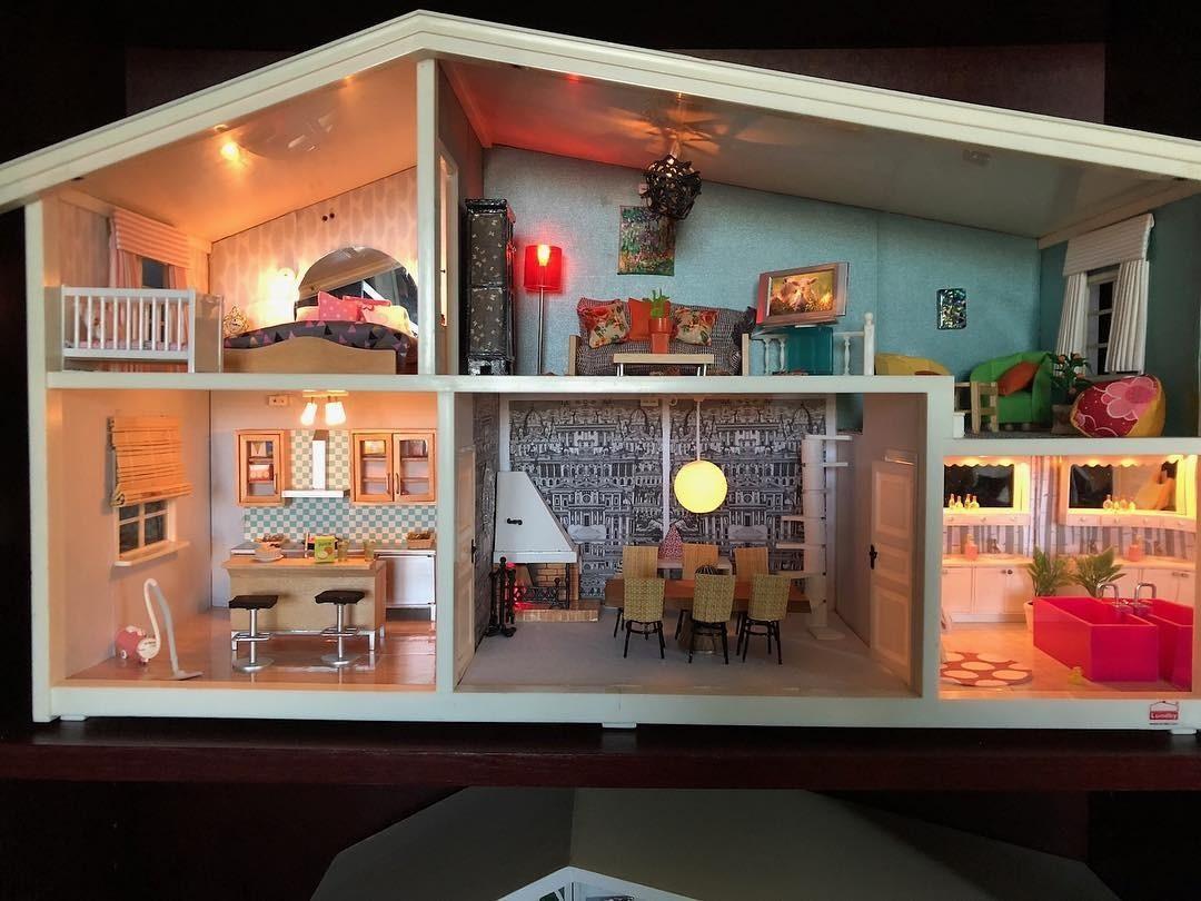 Чем заняться в выходные: кукольный дом для Барби своими руками