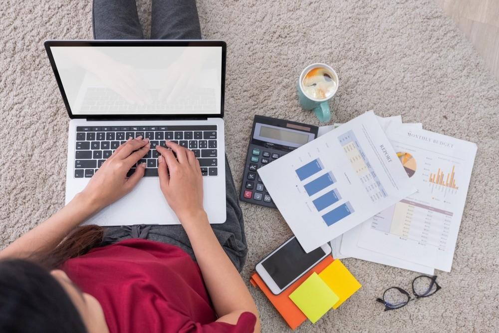 Курсы и лекции, которые помогут тебе завязать с работой в офисе