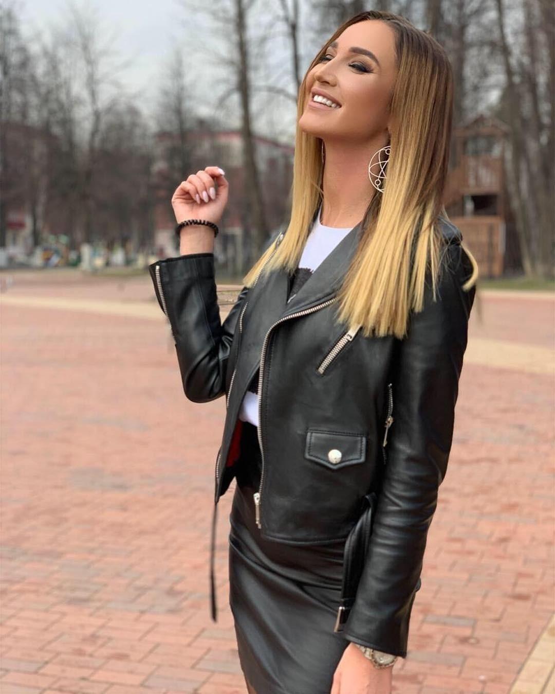Ольга Бузова заявила, что хочет секса сбывшим мужем Дмитрием Тарасовым