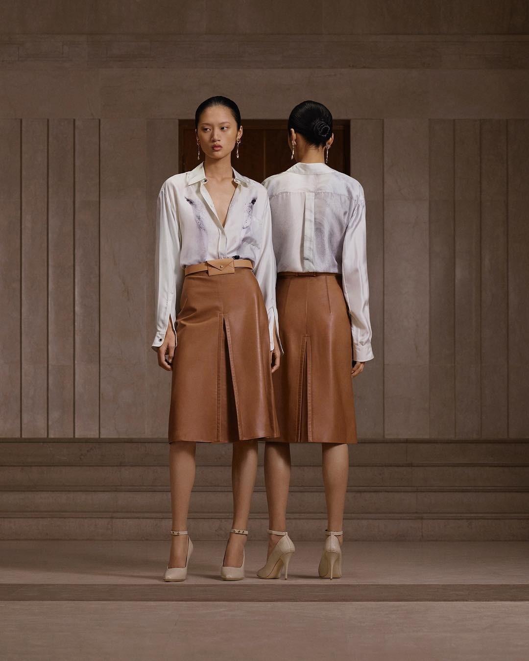Кожаная юбка: 4 варианта и с чем их носить