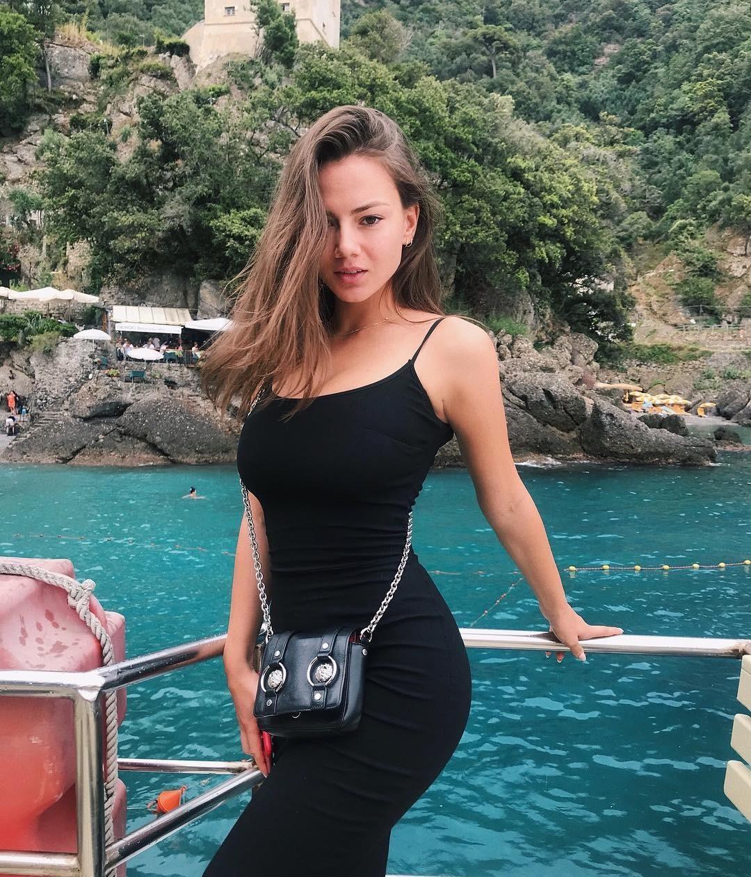 Новой женой Джонни Деппа может стать русская танцовщица Полина Глен