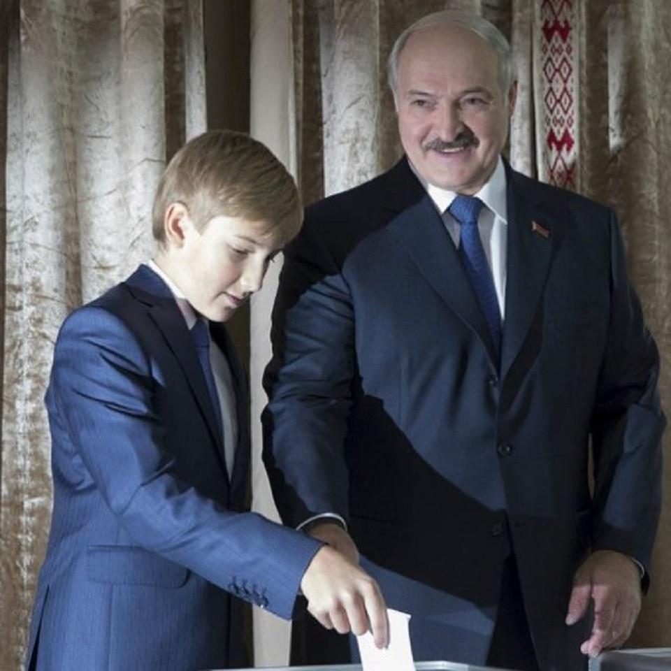 Фото взрослого сына Александра Лукашенко поразили пользователей Сети