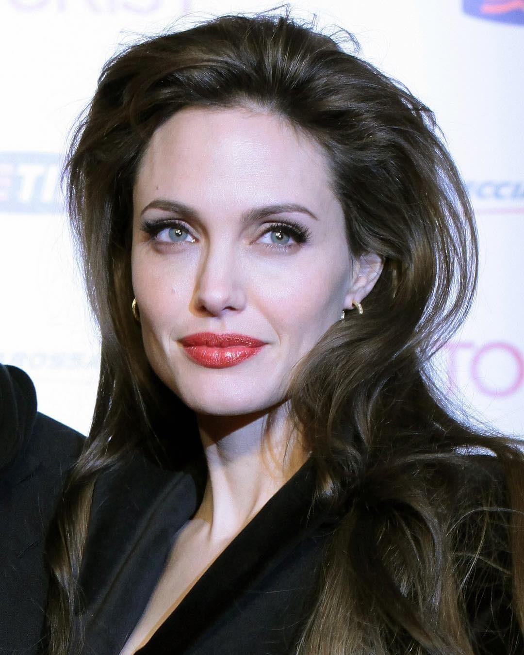Анджелина Джоли составила завещание (и вписала в него лишь одного из своих детей)
