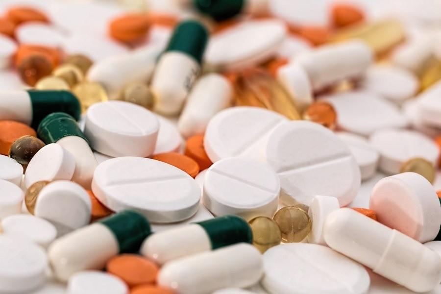 Как экономить на лекарствах и не попасть в больницу