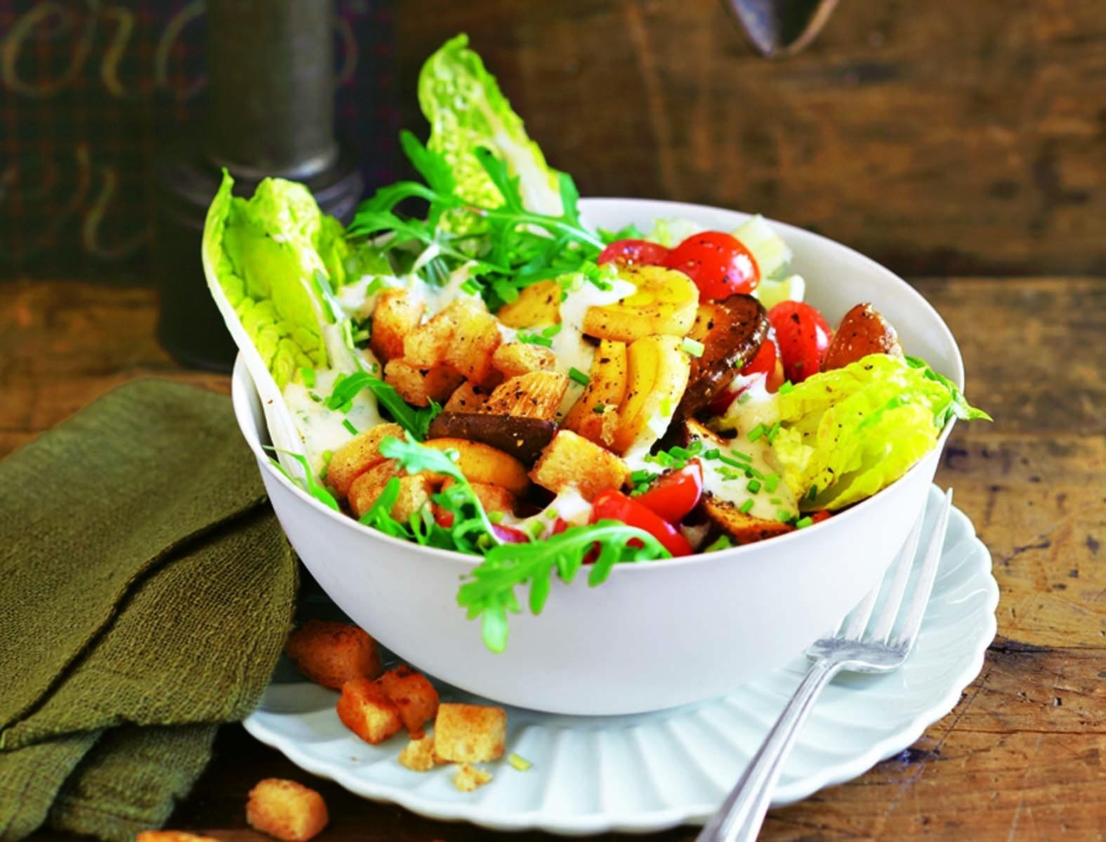 Веганам понравится: рецепт овощного салата с тофу