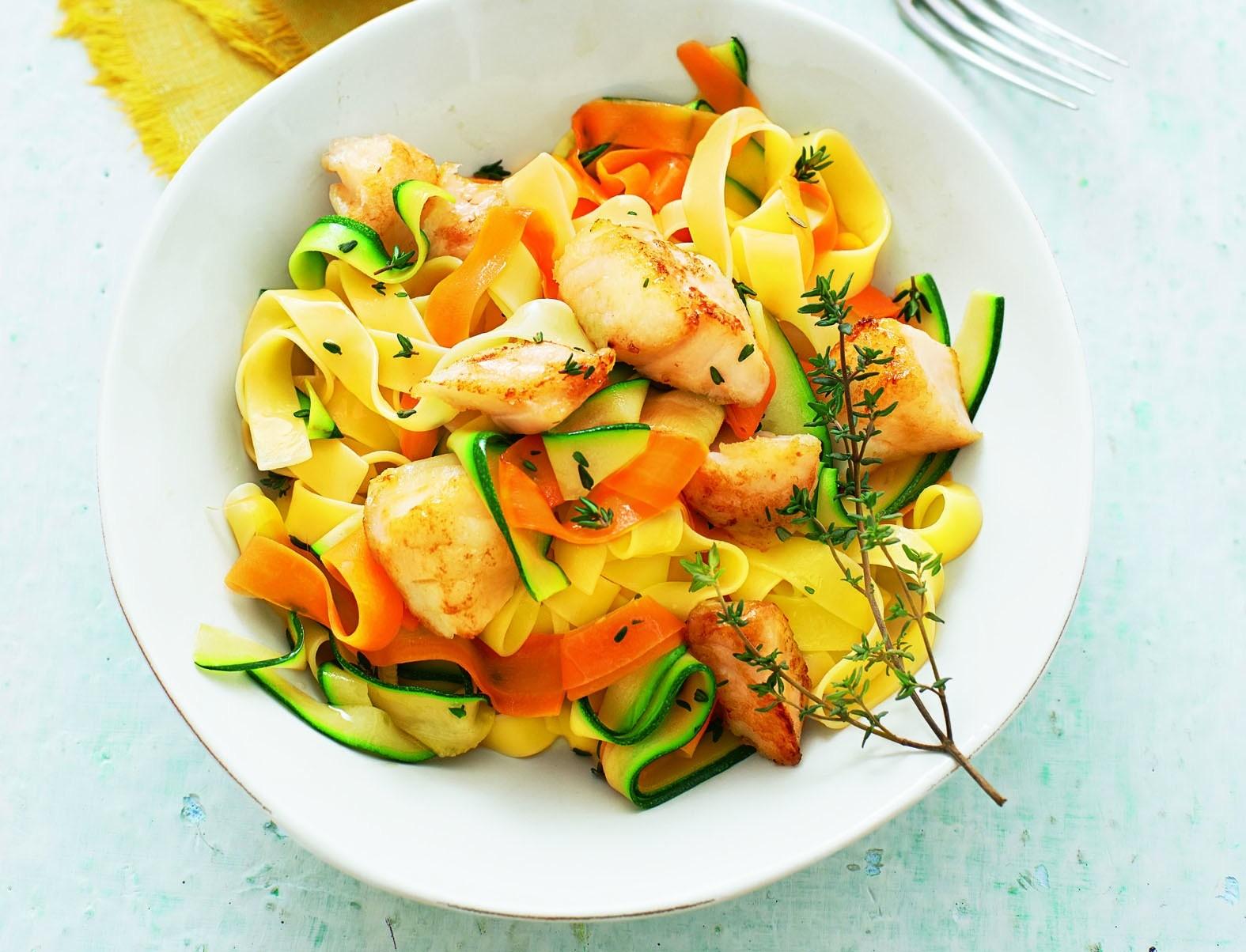 Снова про ЗОЖ: рецепт пасты с треской и овощами