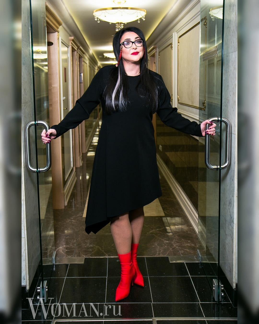 Лолита Милявская показала, как выглядит ее квартира после концерта