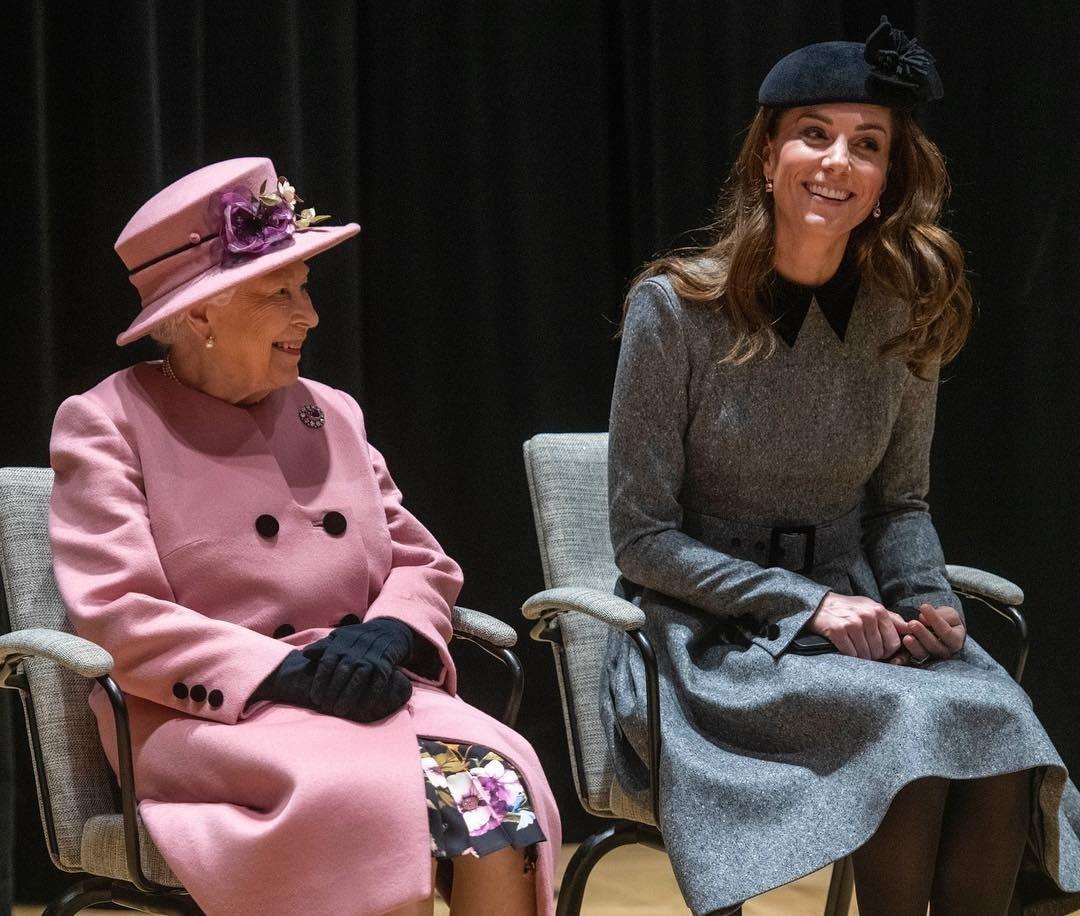 Кейт Миддлтон получила подарок от королевы на годовщину свадьбы