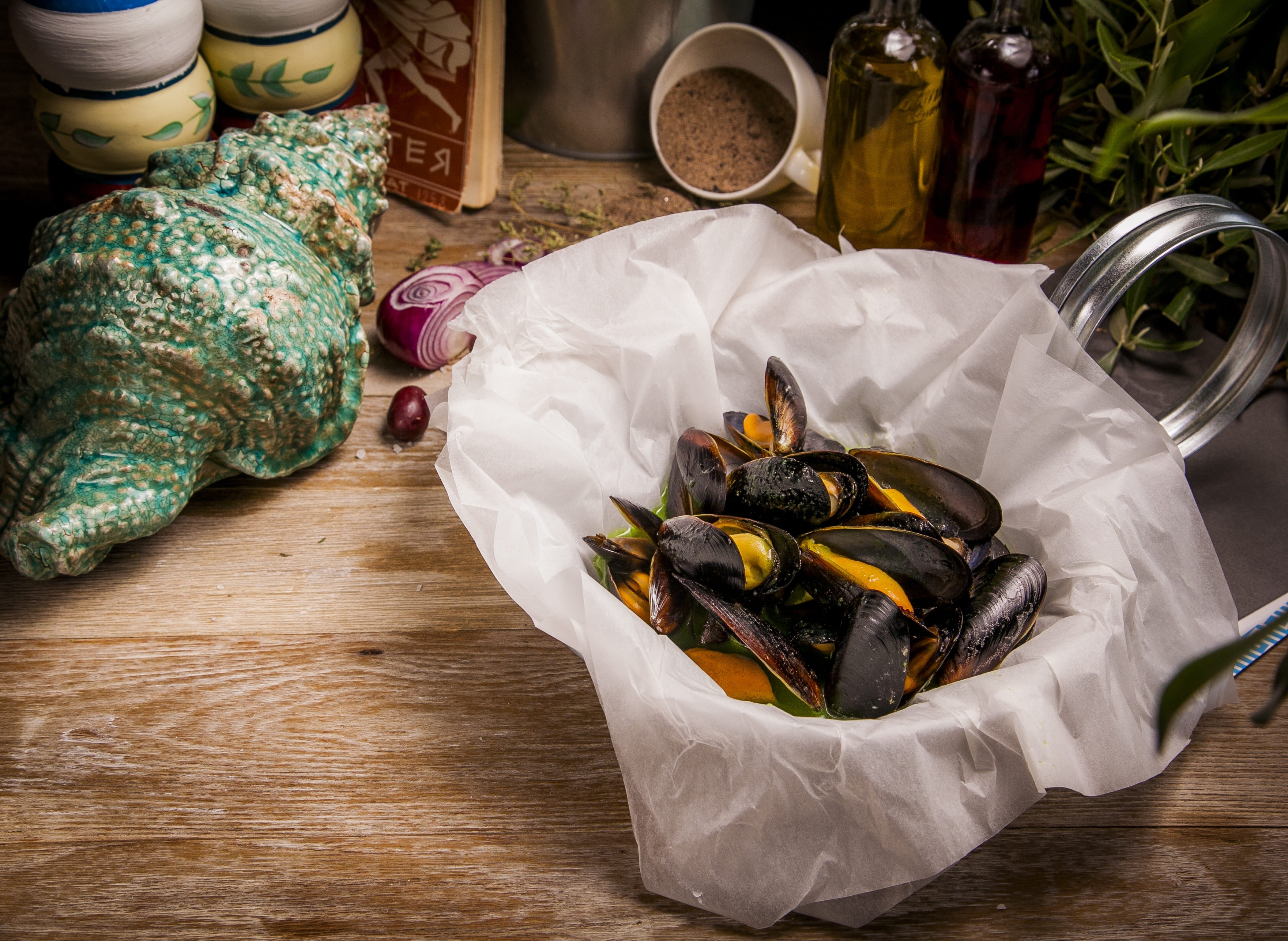 Рецепт от шефа: мидии в соусе из петрушки и имбиря