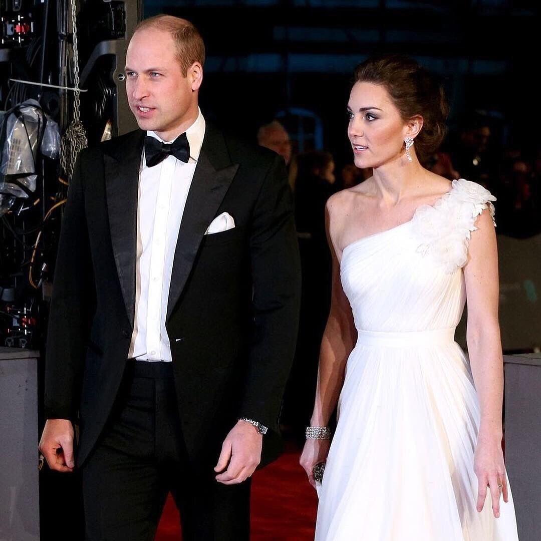 Состоялось знакомство сына Меган Маркл и принца Гарри с Кейт Миддлтон и принцем Уильямом