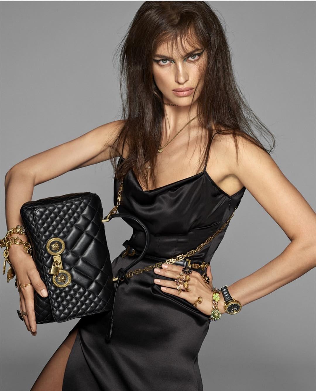 Ирина Шейк назвала пять вещей, которые должны быть в гардеробе каждой женщины