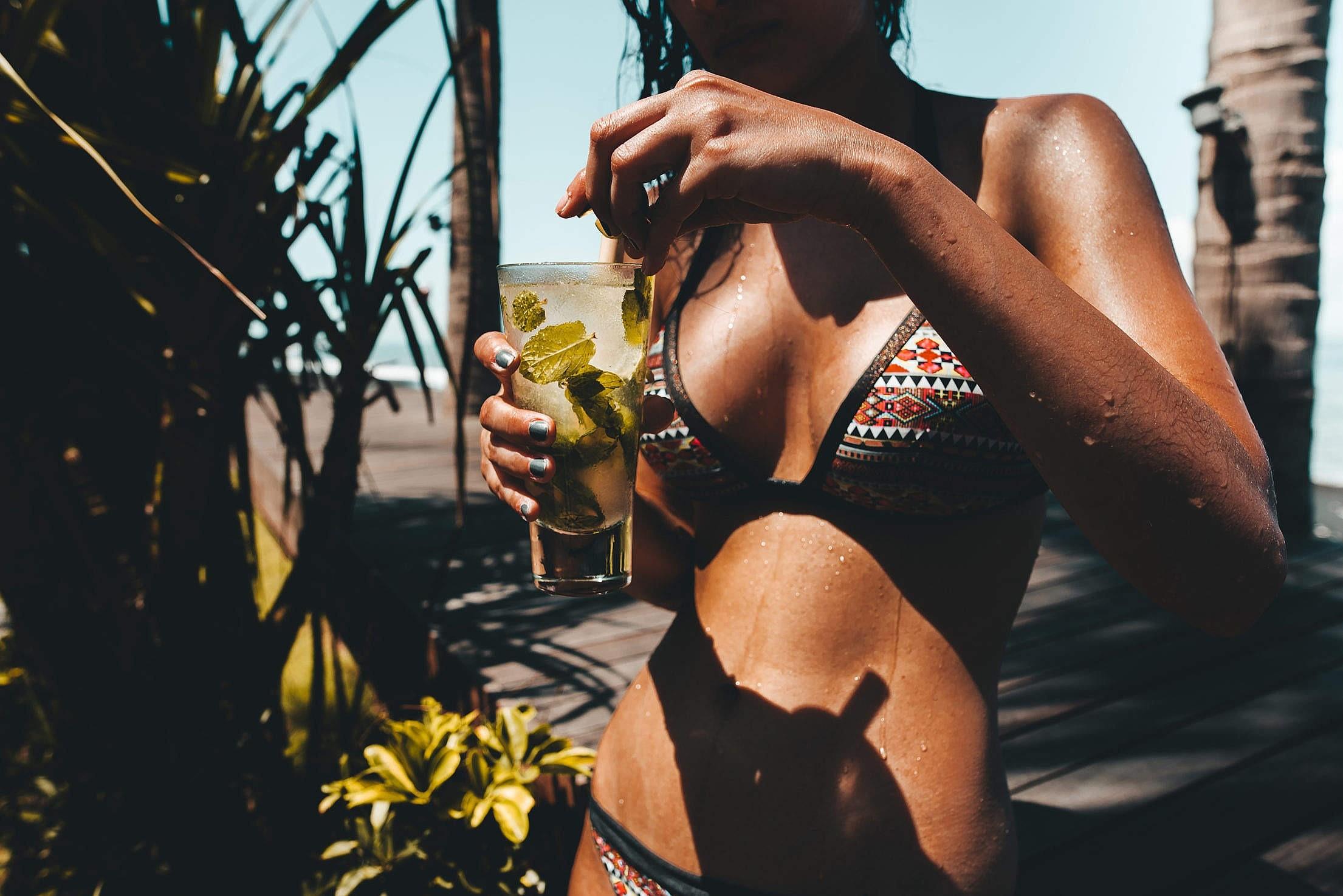 Выбираем лучший дезодорант для женщин: 10 классных средств