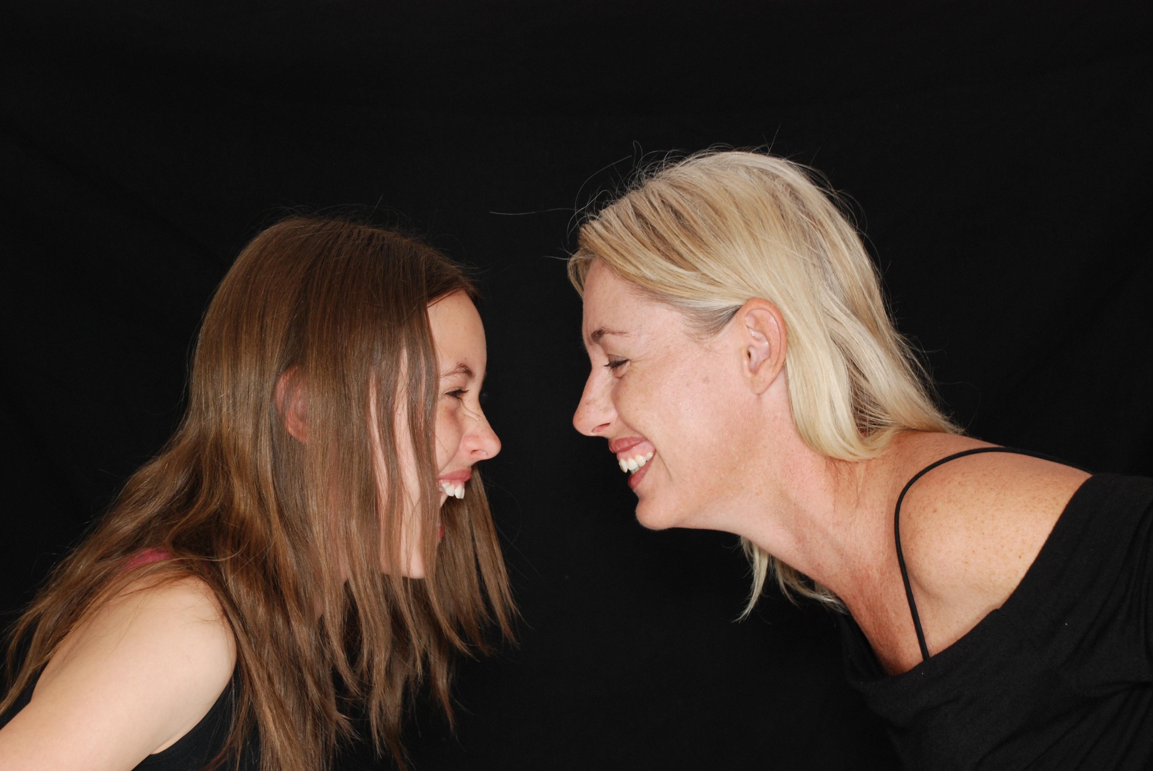 Тосксичные отношения с родителями: почему ты ничего не должна своей маме