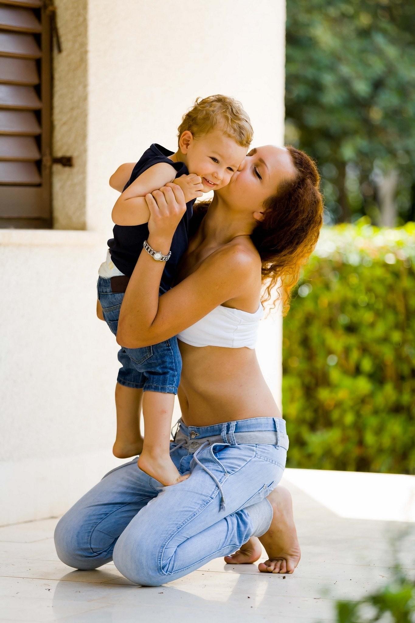 7 гаджетов, которые помогут маме быстрее управиться с делами и выкроить время для себя