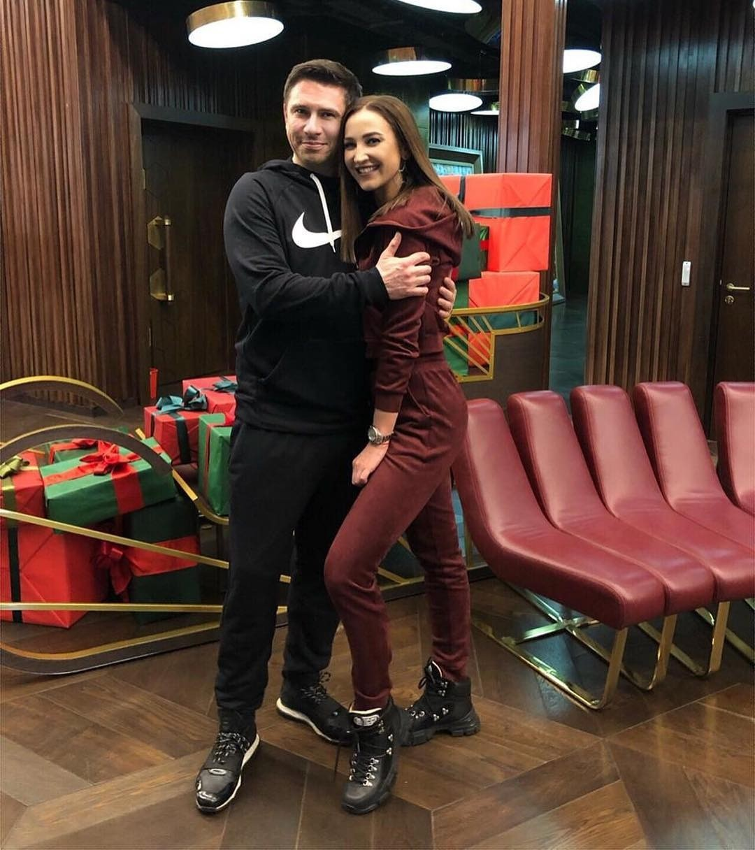 Ольга Бузова и Тимур Батрутдинов станут ведущими романтического шоу