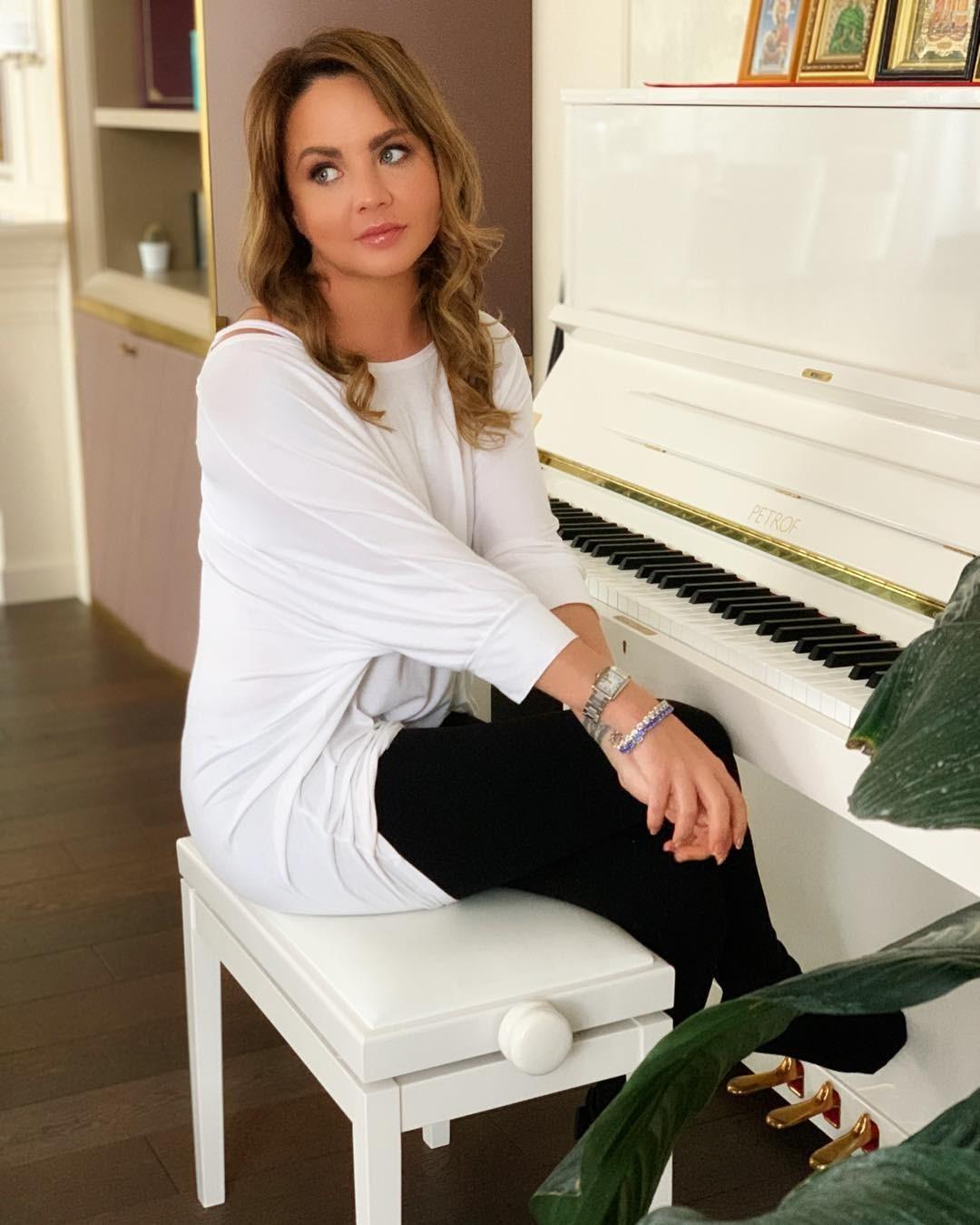 Певица МакSим провела первый концерт после реабилитации